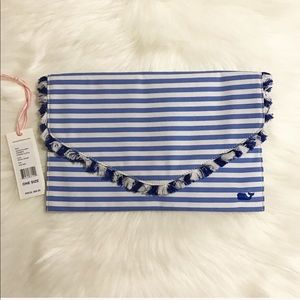 Vineyard Vines || Stripe Fringe Clutch